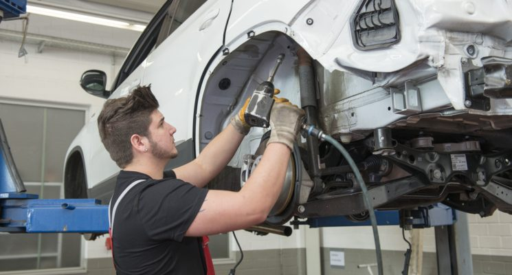 Kraftfahrzeugmechatroniker(M/W/D) –Karosserietechnik