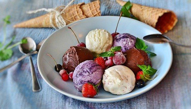 Leckere Abkühlung an heißen Tagen: Kreiert euer eigenes Eis!
